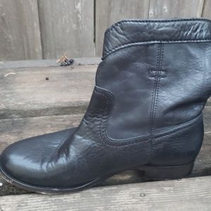 Frye Shoes - Womens Black Leather FRYE Boots Size 8.5,